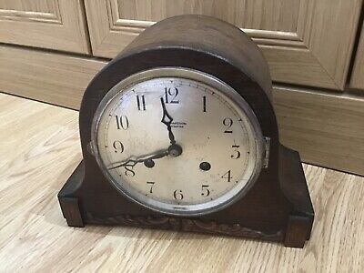 Vintage RICHARDSON OF LEICESTER Wooden Wind Up Chiming MANTEL CLOCK w. Key