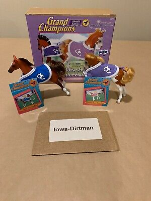 Vintage Grand Champions Classic Horse Foal Collection 50171 Set of 2 New