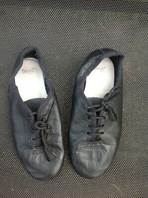 Girls dance shoes, size 10