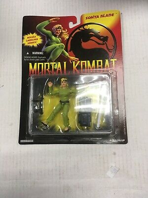 1996 Midway Games-Sonya Blade Toy Island Mortal Kombat Trilogy Fighters Figure with Insert Missle