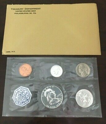 The Coins are U.S S 1962 U Mint Sealed in a flat cello. PROOF SET