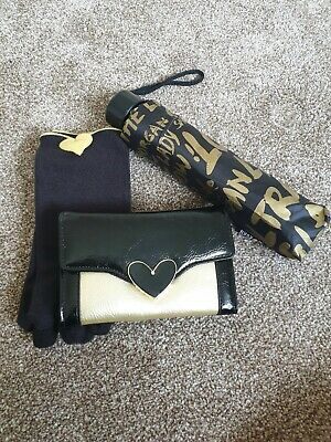 Morgan Purse, gloves and Umbrella set