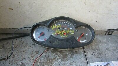 Yamaha yp125  majesty 125  clocks speedometer 8849 miles