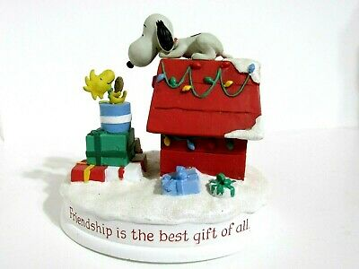 Snoopy Peanuts Charlie Brown Hallmark Gallery Christmas Figure Figurine 2011