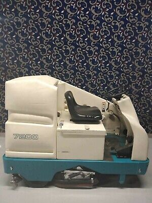 "Tennant 7200 36"" ride on floor scrubber with new batteries & FREE shipping!"