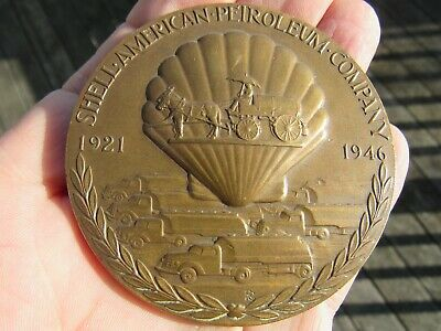 Original 1921 - 1946 Quarter Century Of Service Shell Oil Advertising Medallion