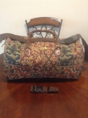 Ricardo Beverly Hills nice Floral Tapestry Carry On Luggage Suitcase Bag *RARE*