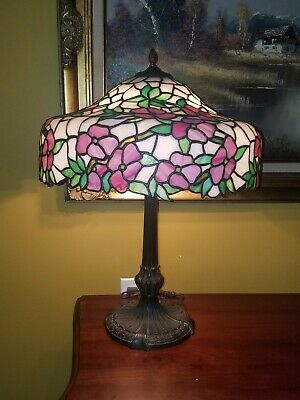 Arts&Crafts,Nouveau Floral Signed Chicago Mosaic Leaded Stained Slag Glass Lamp
