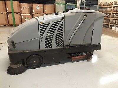 Advance Captor 4800 propane ride on floor sweeper scrubber with FREE shipping!