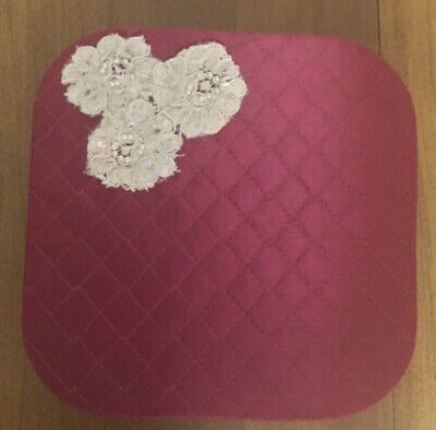 Vintage Hankies/Gloves/Collectables BOX Satin with Flowers 8 Inch Square