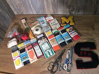 Lot Of Vintage Sewing Items And Accessories Vintage Letterman Patches J3