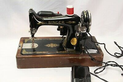 Singer 99 1935 Portable Sewing Machine Works Wooden Case Guaranteed AD835764