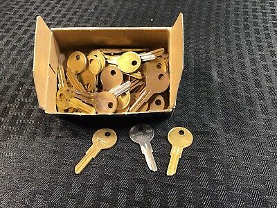 Y12 01122A Yale Key Banks Willing To Split Cam Lock Key 47 Locksmith Qty