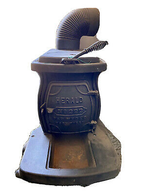 Antique Herald No 222 Cast Iron Wood Stove Phillips & Buttorff Nashville, TN