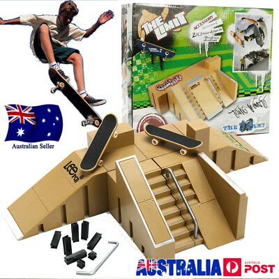 Ultimate Skate Park Ramp Parts With 2 Tech Deck Fingerboard Finger Board Toy