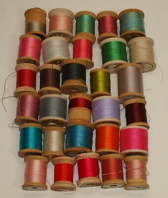 Vintage Lot 24 SMALL WOOD THREAD SPOOLS Corticelli Star Coats & Clarks More