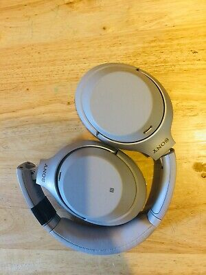 Sony WH-1000XM3/S Wireless Noise-Canceling Over-Ear Headphones Black