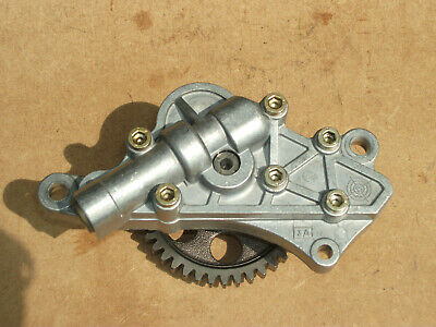 Ducati 749 / 999 Engine Oil Pump ( From A Low Mileage 749 'S' Engine ) !!!!