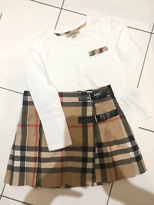 burberry Girls Outfit Age 5   Kilt Skirt/ Top