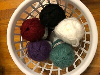 Lion Brand Jiffy Yarn Caffe Brown Lot of 4//Four Skeins NEW  Discontinued Rare