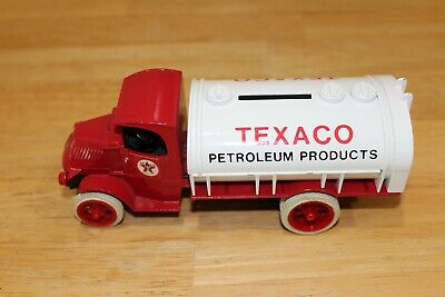 ERTL 1926 Mack Tanker. The Nostalgic Collector Series by Texaco #2 Coin Bank