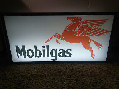 BIG MOBILGAS DOUBLE SIDED LIGHT UP FLORESCENT SIGN     - Pegasus mobil oil gas