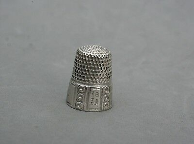 Thimble Sterling Silver Antique Anchor Hallmark 4.59 Grams Size 8 Pattern Skirt