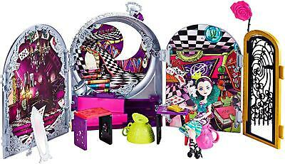 Ever After High Way Too Wonderland Raven Queen Doll Room Playset