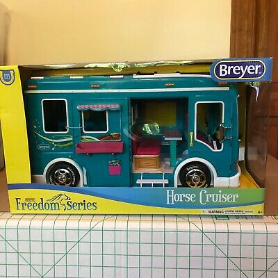 NEW in BOX Breyer Freedom Series TEAL 1:12 scale Horse Cruiser Play Set Vehicle
