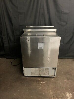 """Perlick 8340Ul 24"""" Under Bar Glass Chiller Used"""