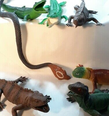 Lot of 7 Reptiles Plastic Toy Crocodile Snake Lizard Reptile Replica Figure