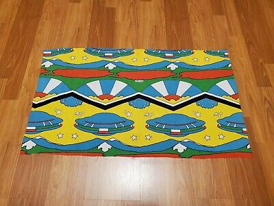 Awesome RARE Vintage Mid Century retro 70s 60s psychedelic Peter Max UFO fabric!