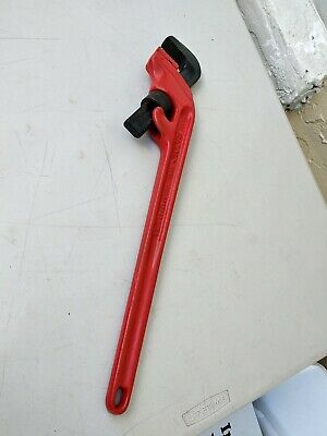 RIDGID E24 Offset Heavy Duty Pipe Wrench 3 in. Jaw