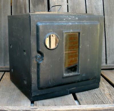 Vintage 1940s Metal Camp or Pie Oven Portable Stovetop Baker Country Kitchen