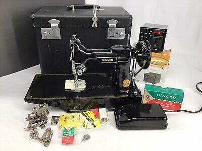 Vintage Singer Featherweight Sewing Machine Black Case Transformer 4/24/1950 VG