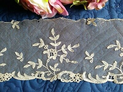 "ANTIQUE LENGTH OF HAND MADE BRUSSELS APPLIQUE LACE~36"" x 4 1/2"""