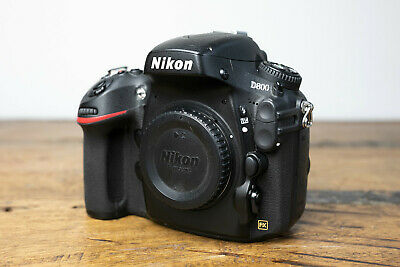 Nikon D D800 36.3MP Digital SLR Camera - Black (Body Only), für Details lesen