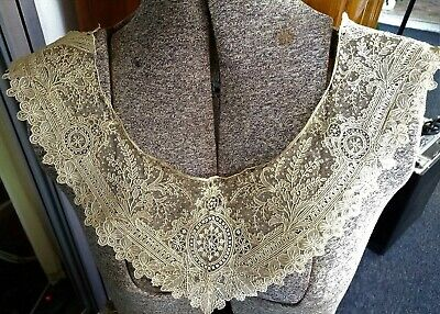 Antique/Vintage Hand Made Brussels Point De Gaze Lace Collar~Complex Design~A/F
