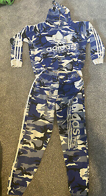 boys adidas tracksuit Age 10-11 Years