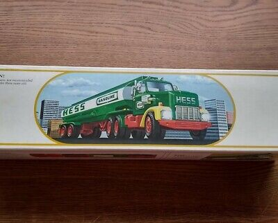 HESS VINTAGE Toy Tanker Bank. Excellent Used Condition. 1st in series in 1984!