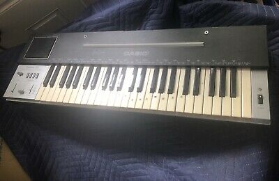 Vintage Casio Casiotone 202 Electric Keyboard Piano Synthisizer VGC Old School