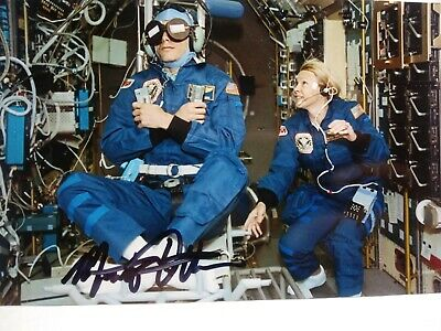 MARTIN FETTMAN Hand Signed Autograph 4X6 Photo - NASA STS-58 Payload Specialist