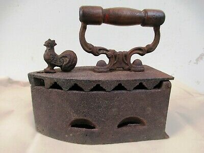 Vintage Cast Iron Sad Coal Fired Clothes Press Iron With Rooster Latch Collect*F