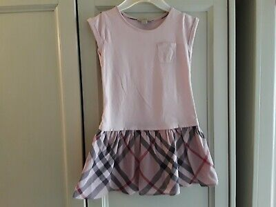 Girls age 5 Burberry summer dress in pink