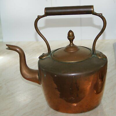 Original Victorian Copper Kettle with Acorn knob to the Lid.