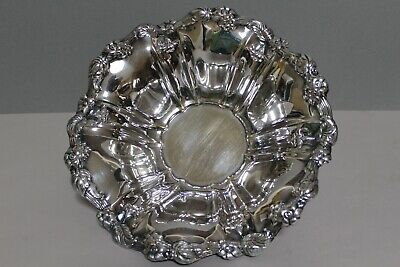 Silver Plated Ornate Three Footed Centerpiece Fruit Bowl Frances Baroque
