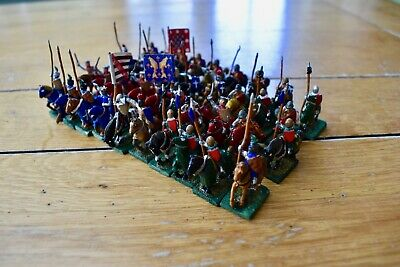 Essex Miniatures ? - Medieval Mounted Knight Army-all painted and based - Lot 25