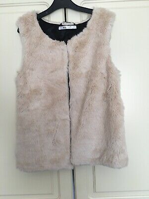 girls faux fur gillet Age 12-13 Years