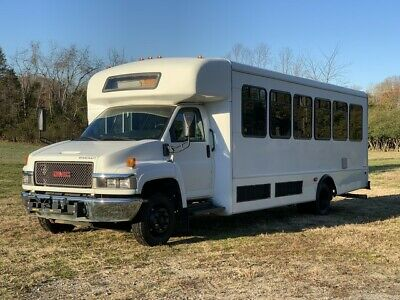 2009 GMC Other  2009 GMC C5500 30 Passenger Bus  Wheelchair Lift