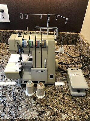 SINGER UltraLock 14 Serger Sewing Machine  Model 14U64A  with Foot Pedal